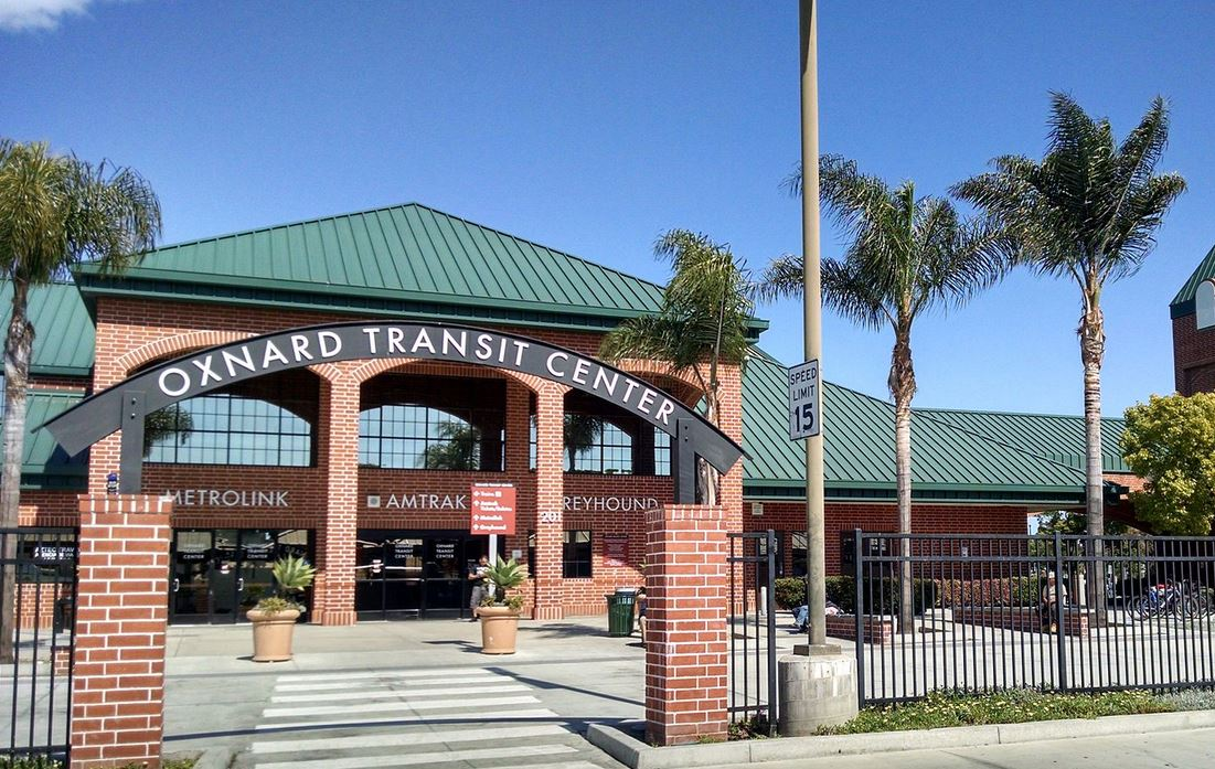 Oxnard Transit Center portal in Ventura County. Credit: Fettlemap CC BY-SA 3.0